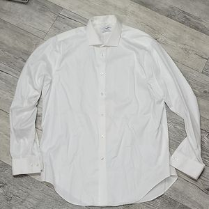 Calvin Klein Size 17 (34/35) White Button Up Shirt